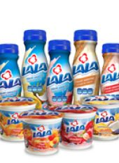 Lala: Strawberry Banana Yogurt Smoothie Drink, 9 oz - Walmart.com